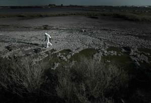 Un grupo de expertos internacionales en materia de protección radiológica pertenecientes a Greenpeace descubrió en 2007 fugas del isótopo radiactivo cesio-137 al río Tinto, en las marismas de Huelva, a escasos cientos de metros de la ciudad, procedentes de las 130 toneladas de material contaminado radiactivamente por el accidente de Acerinox en 1998 y que se enterraron de forma incontrolada en el mal llamado Centro de Recuperación de Inertes (CRI) nº9, ubicado en las Marismas de Mendaña.