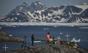 Los inuits son los habitantes locales de estas tierras árticas, cuyo modo de vida se ve amenazado por los proyectos petrolíferos en la zona.