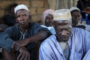 Los hombres de las comunidades afectadas por la llegada de Agrogeba cuentan a Calamar2 los detalles sobre la expulsión de sus tierras.