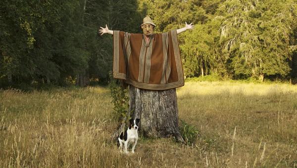Hombre árbol de © Tola castillo. accede a su mundo pulsando sobre la imagen