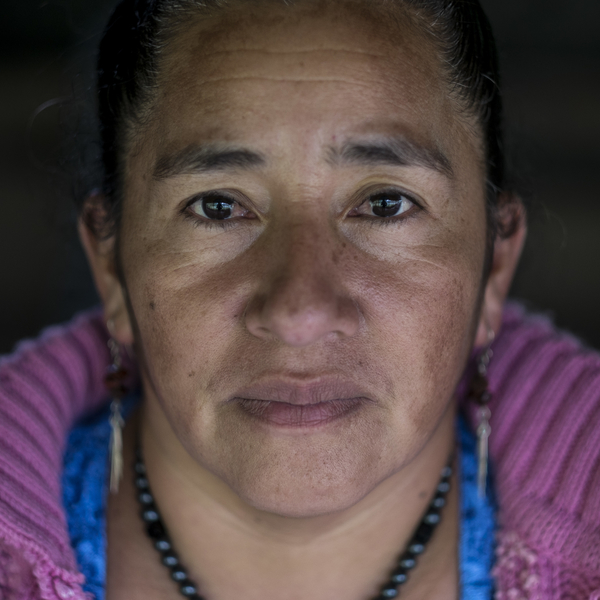 Aurora Velazquez (42 años). Hermana de Rogelio uno de los presos políticos de la protesta. Activista en contra de la hidroeléctrica Ecoener, en Santa Cruz de Barillas, Guatemala. © Pedro ARMESTRE